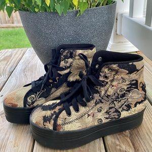 HOMG Jeffrey Campbell Cat Print Sneaker
